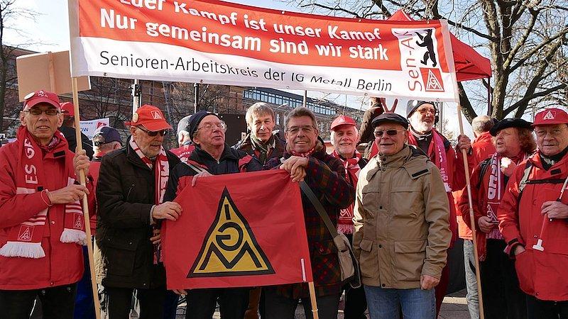 senioren arbeitskreis unterst tzt bei protest aktionen ig metall berlin. Black Bedroom Furniture Sets. Home Design Ideas